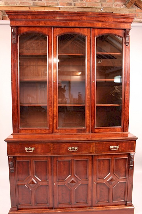 Cabinets, Bookcases, and Library furniture