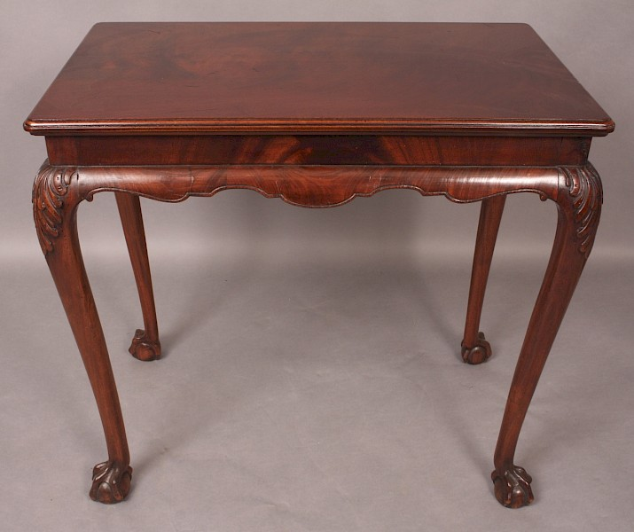 Quality Silver Table in Mahogany Georgian