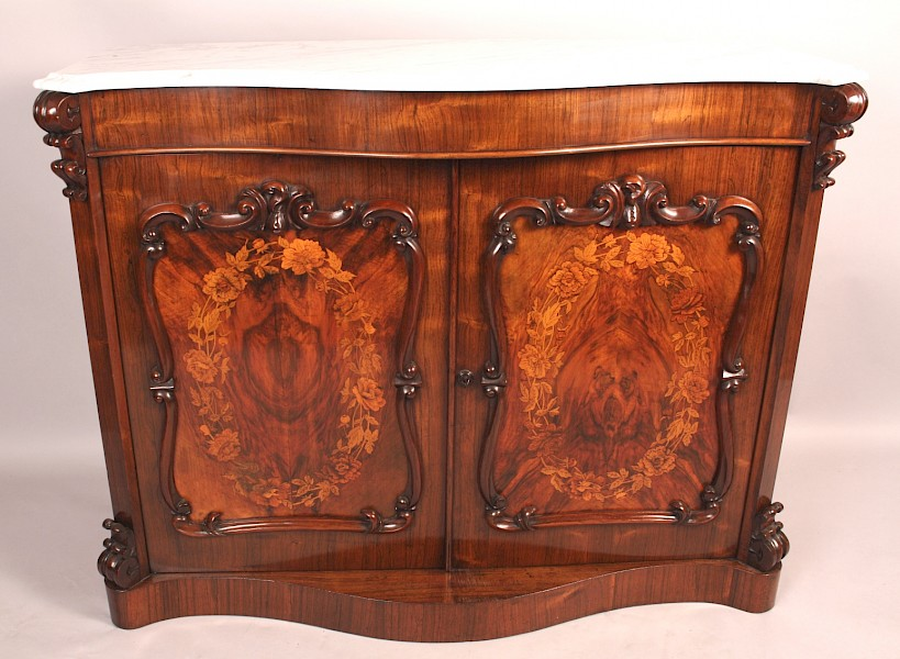 Highly Decorative Rosewood Chiffonier