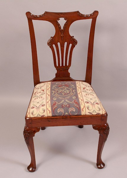 Good George I Walnut Chair Carved Knee