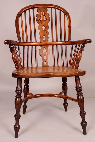 Superb Yew Wood Windsor Armchair