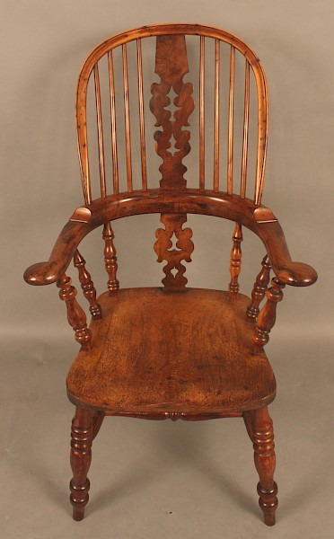 Victorian Broad Arm Windsor Chair in Yew Wood