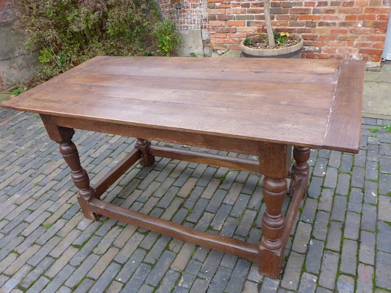 Early Small Size Refectory Table in Oak