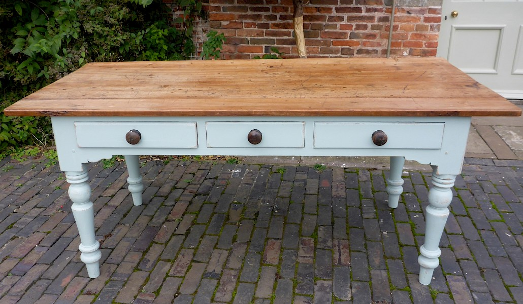 Victorian Pine Farmhouse Dining Table