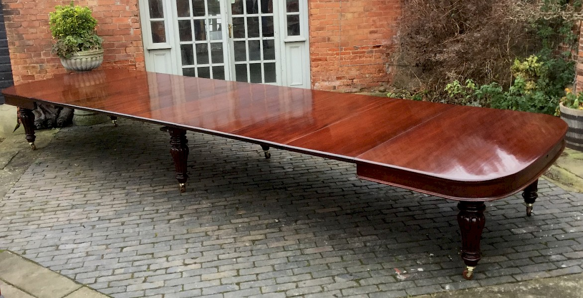 Superb Victorian Very Large Extending Dining Table Seat 20