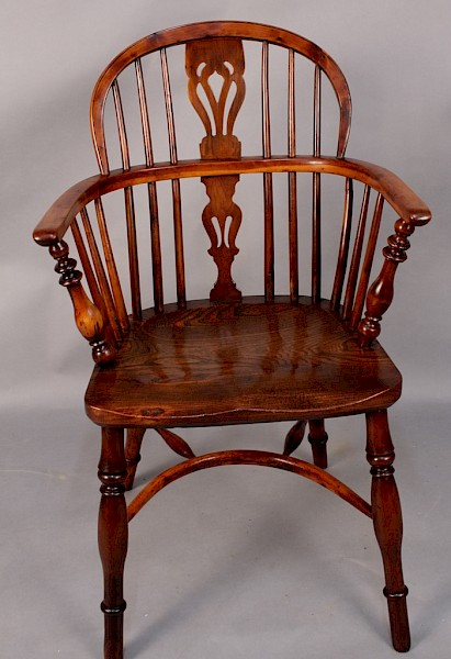 A Yew wood Low back Windsor Chair