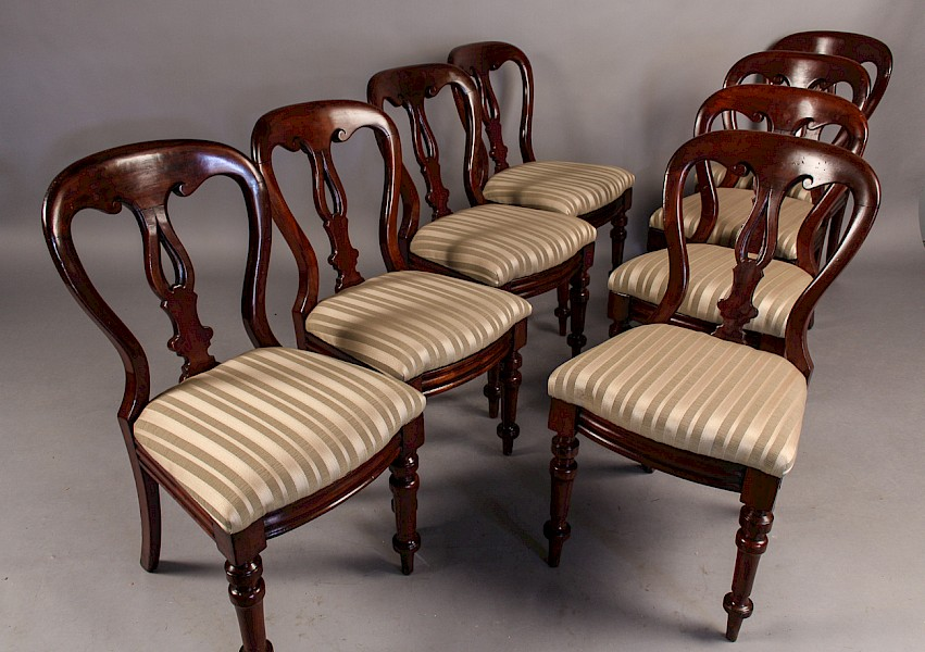 Set of 8 Victorian Balloon Back dining Chairs