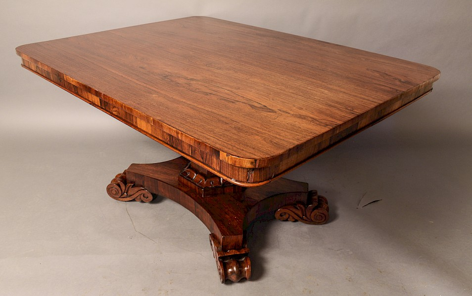 William IV Breakfast Dining Table in Rosewood