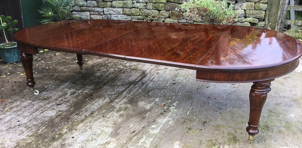 Victorian Mahogany Extending Dining Table seat 12