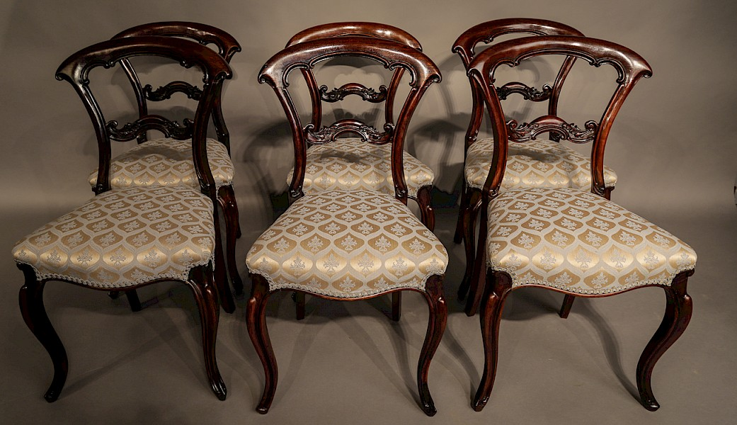 Set of 6 Dining Chairs in Rosewood Early Victorian