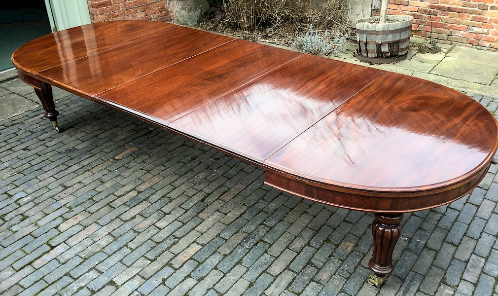 Victorian 3 leaf extending dining table to seat 12