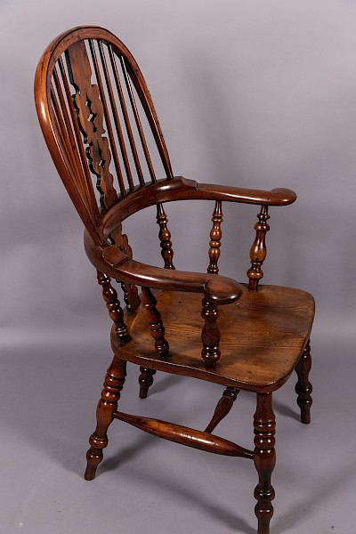 Victorian Broad Arm Windsor Chair Yew Wood