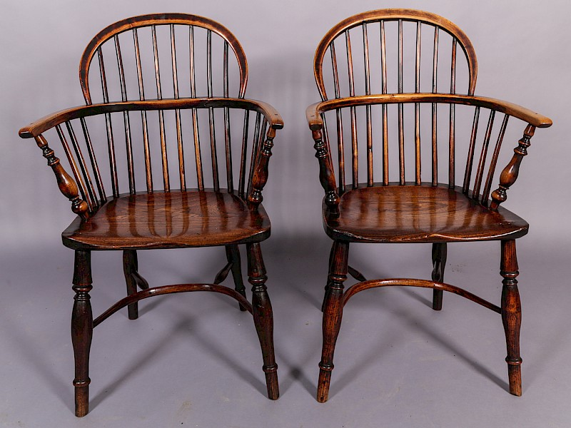 Matching Pair of Nottinghamshire Windsor Chairs