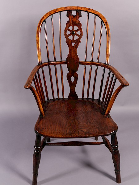 Thames Valley Windsor Chair Wheel back spat