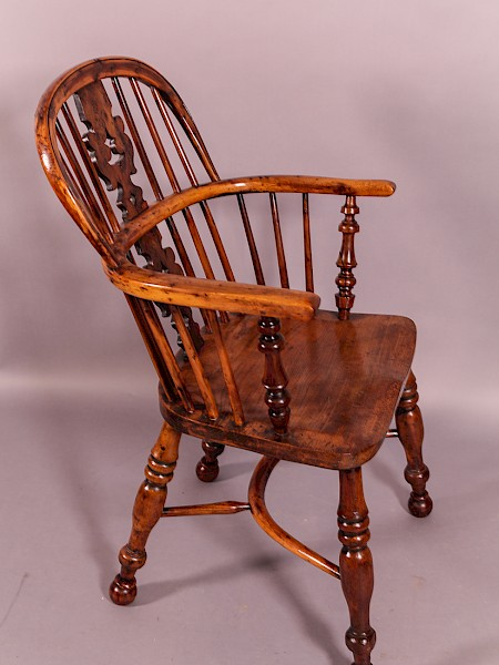 Good Yew wood Windsor Chair Worksop Maker