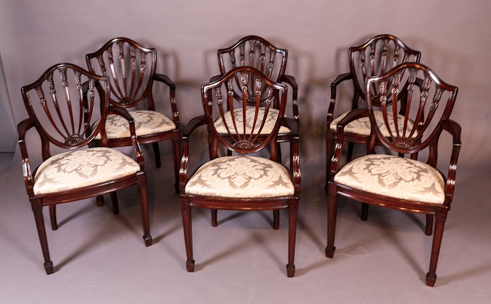 Set of 6 Mahogany Dining Chairs with Arms Waring and Gillow