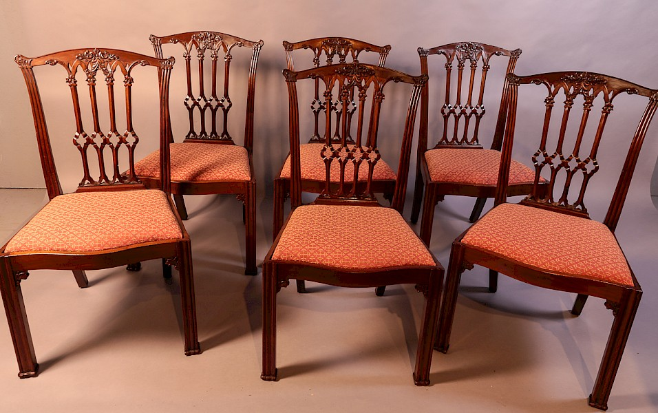 A Set of 6 Victorian Dining Chairs Chippendale Style