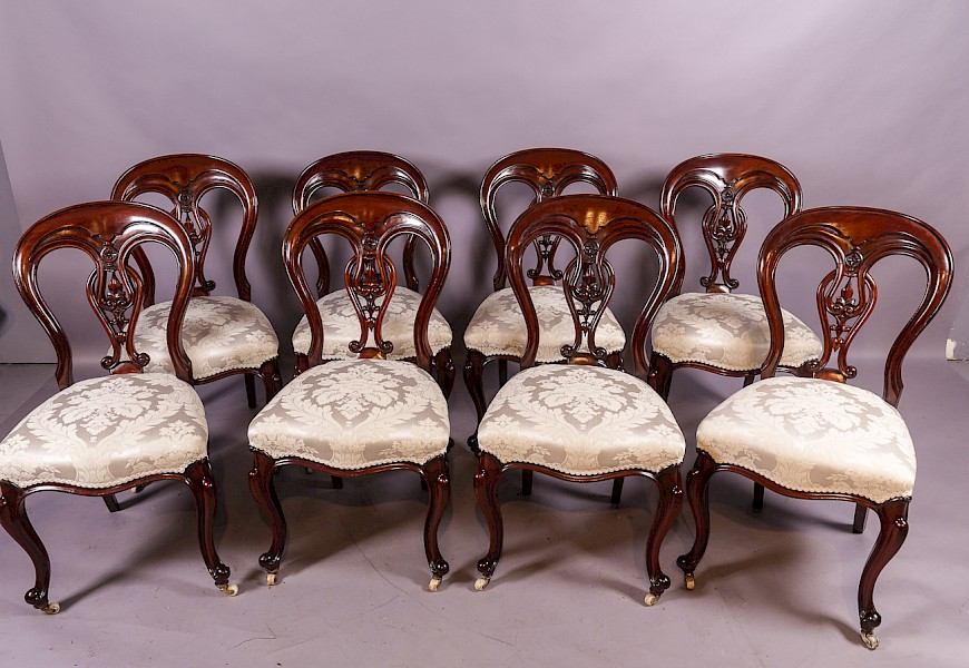 A Good Set of 8 Victorian Mahogany Dining Chairs Superb condition