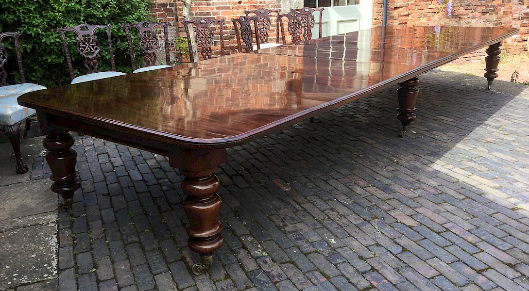 Large Victorian Mahogany Extending Dining Table to seat 18