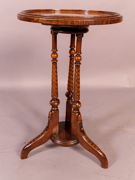 A quality Victorian Walnut Wine Table