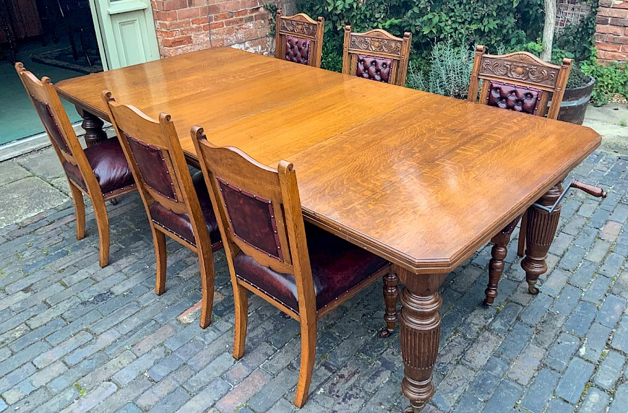 Victorian Oak Extending Dining Table and 6 Matching Dining Chairs