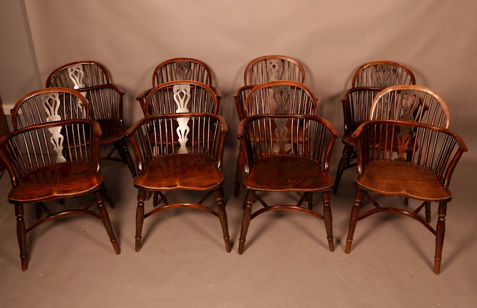 Very Rare Set of 8 Yew Wood Windsor chairs William Wheatland Retford